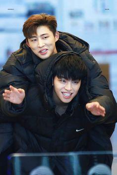 hanbin and june Kim Hanbin Ikon, Ikon Kpop, Yg Entertainment, Teen Top Cap, Fandom, Ikon Member, Winner Ikon, Koo Jun Hoe, Team Pictures