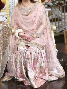 Party Wear Indian Dresses, Asian Wedding Dress, Pakistani Formal Dresses, Pakistani Wedding Outfits, Indian Bridal Outfits, Dress Indian Style, Pakistani Wedding Dresses, Pakistani Dress Design, Indian Designer Outfits