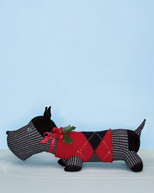 Sock Dog - Martha Stewart ... Wait for all the pics to load (refresh page if necessary) Tapping the text at the bottom of the tutorial helped bring in the pics for me. Scottie is at the bottom.