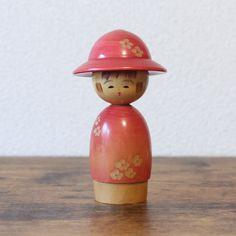Takahashi Tatsuro's NOMICHI Sosaku Kokeshi Doll rare Vintage Collectors Creative Kokeshi 14.5 cm / 5.75 inches Vintage Storage, Vintage Tins, Vintage Wood, Etsy Vintage, Vintage Shops, Vintage Style, Antique Collectors, Antique Stores, Matryoshka Doll
