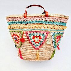 how awesome is this crochet embellished bag?