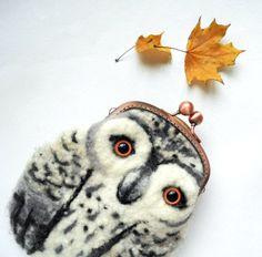 Snowy OWL Wet Felted coin purse