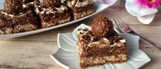 Ferrero Rocher - ciasto bez pieczenia! - Blog z apetytem Ferrero Rocher, Pistachio Cake, Bowl Cake, Baileys Irish Cream, Vanilla Sugar, Happy Foods, Quick Easy Meals, Nutella, Raspberry