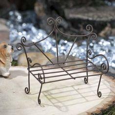 Up for sale is a new wire bench for a fairy garden or dollhouse. Supplies are limited. Village Miniature, Miniature Dolls, Miniature Plants, Miniature Fairy Gardens, 3d Zeichenstift, Fire Crafts, Minimalist Christmas Tree, Vitrine Miniature, Fairy Garden Supplies