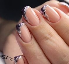 LATEST FRENCH NAIL ART DESIGNS IDEAS 2019 : The French nail styles that were sorted out a few days ago were more formal, and the overall design is tidy and elegant. Today's article collects more lively styles, suitable for travel, vacation, and wedding French Nails, French Manicure Nails, Manicures, Manicure Tips, Beautiful Nail Art, Gorgeous Nails, Pretty Nails, French Nail Designs, Nail Art Designs