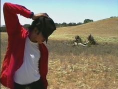 Michael Jackson - I probably have this one but JIC - Michael on his Neverland Ranch property Photos Of Michael Jackson, Michael Jackson Rare, Neverland Ranch, Michael Jackson Neverland, Mj Bad, Mike Jackson, Santa Barbara County, Colouring Pics, Great Pic