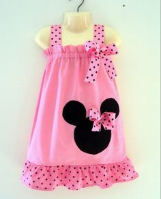 Minnie Mouse dress I have seen. Kylie wants stuff for our vaca she out grew all her custom Mickey clothes. Minnie Dress, Pink Minnie, Minnie Mouse, Sewing For Kids, Baby Sewing, Toddler Dress, Baby Dress, Sewing Clothes, Doll Clothes