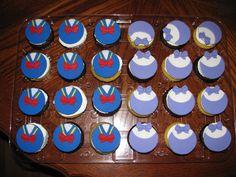 Mickey Mouse Clubhouse Donald Duck and Daisy cupcakes.