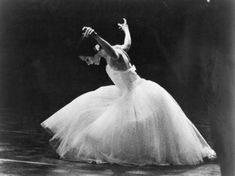 """""""""""Evelyn Hart as Giselle in Giselle (National Ballet of Canada, c.1983) """" """""""