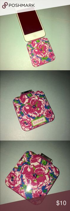 Lilly Pulitzer Portable iPhone 4 charger Very good condition. Used once. Comes with a black charger. Smoke free home. Lilly Pulitzer Accessories Phone Cases