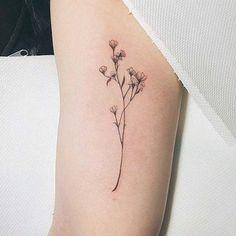14 delicados tatuajes florales que nunca pasarán de moda