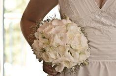 Buque clássico branco | Bouquet classic | Buque | Buque Branco | Bouquet | White Bouquet | White Bridal Bouquet | Inesquecível Casamento | Noiva | Bride | Buquê de Noiva