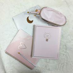 Back 2 School, High School, Cute Pencil Case, Back To School Supplies, Stationary, Amanda, Zip Around Wallet, Kawaii, Collection