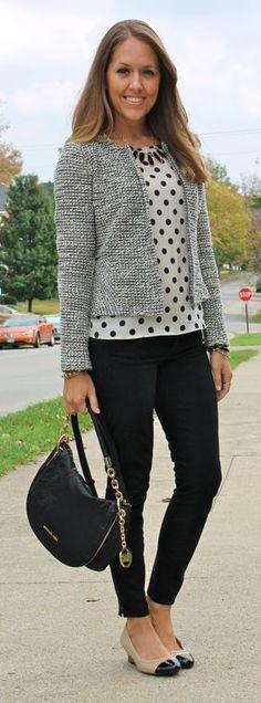 Polka dot top, black skinny jeans, gray jacket - great fall fashion idea