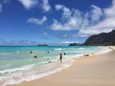 As the old saying goes: The best things in life are free. In beautiful, remote and notoriously pricey Hawaii, we think free things are even sweeter.