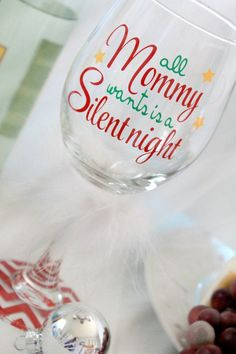 Holiday Wine Glasses - Christmas Gift for Her - Christmas Wine Glass - Holiday Wine Glass - Funny Wine Glasses - Gift for Mom - Wine Glasses Sayings For Wine Glasses, Funny Wine Glasses, Wine Glass Sayings, Wine Glass Crafts, Christmas Vinyl, Christmas Gifts For Mom, Christmas Sayings, Xmas, Christmas Wine Glasses