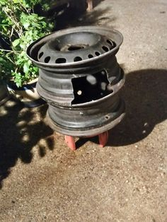 How To Make A BBQ / Grill Out Of Old Wheel Rims… | http://www.ecosnippets.com/diy/bbq-grill-out-of-old-wheel-rims/