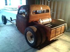 dually rat rodd   1949 FORD RAT ROD DUALLY. Make one of these!