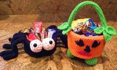 Free crochet pattern! Use these adorable dishes as decor or let the kiddos carry their precious treats in these fun and festive holder! Download the Halloween Spider Candy Dish pattern on Craftsy today!