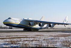 That is a HUGE plane, Antonov AN-225 Mriya. 6 Ichenov progress jets, thats alot of thrust.