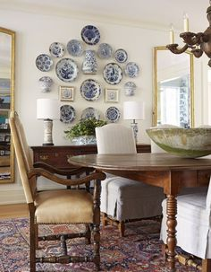 Traditional Dining Room Inspiration Dining Room Furniture And Decor Dining Room Wall Decor, Dining Room Design, Plate Wall Decor, Decor Room, Hanging Plates On Wall, Bedroom Decor, Wall Plates, French Country Dining Room, French Country Wall Decor