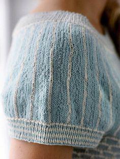 Smuk top med bikubemønster - Hendes Verden - ALT.dk Summer Knitting, Fair Isle Knitting, Mohair Sweater, Knitting Patterns, Knit Crochet, Denim Shorts, Sleeves, Sweaters, Pants