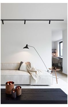 Interior Minimalista, Barbie Furniture, Home Furniture, Bedroom Furniture, Furniture Design, Furniture Projects, Furniture Makeover, Dresser Furniture, Coaster Furniture