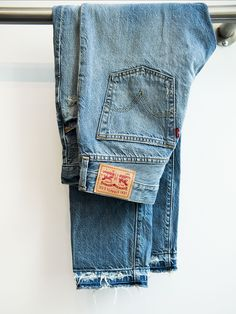 A boyfriend jean with a perfectly frayed hem. @levisbrand's #501CT with added #DIY destruction. #LadiesInLevis