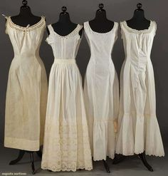 4 cotton slips, 1900 - 1910. Augusta Auctions.