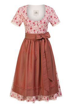 JAN&INA Trachten BW Traditions Dirndl rot.  Wir lieben Tradition. Wunderschönes schlichtes Baumwoll Dirndl mit Blumenmuster und Jacquardschürze. Short Sleeve Dresses, Dresses With Sleeves, Vintage, Shopping, Style, Fashion, Floral Patterns, Traditional, Nice Asses