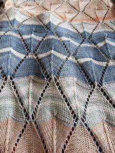 Extravékony pamutfonal, játékos, hosszanszínátmenetes festéssel. Tahiti, Blanket, Crochet, Ganchillo, Blankets, Cover, Crocheting, Comforters, Knits
