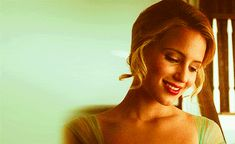 Find images and videos about gif, smile and glee on We Heart It - the app to get lost in what you love. Quinn Fabray, Dianna Agron, Hollywood Girls, Glam Girl, Favorite Person, Glee, Actors & Actresses, Find Image, Diana