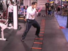 Manny Pacquiao uses agility ladder to train for Cotto fight and so can you. Coach Anthony Terranova (from NY Kidz Fitness and Adults Boxing in Ridgewood, Que. Muay Thai Training, Boxing Training, Speed Training, Mma Workout, Boxing Workout, Agility Ladder Drills, Boxing Drills, Agility Workouts, Ladder Workout