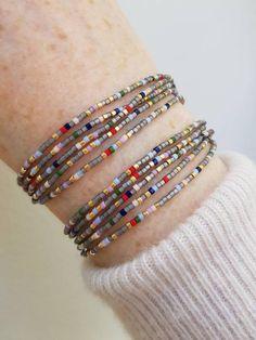 Christmas Gifts For Her, Gifts For Mom, Diy Jewelry, Fashion Jewelry, Jewellery, Beaded Wrap Bracelets, Minimalist Jewelry, Bracelet Sizes, Seed Beads