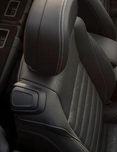 2016-Buick-Cascada-Convertible-014