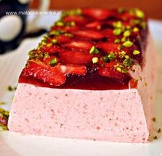 Strawberry Jello Cake, Jello Recipes, Sweets Cake, Polish Recipes, I Want To Eat, Sweet Recipes, Delicious Desserts, Cheesecake, Deserts