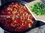 Tocăniţă de ciuperci cu pui | Rețete BărbatLaCratiță Chili, Beef, Food, Meat, Chile, Chilis, Eten, Ox, Ground Beef
