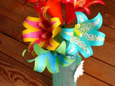 Tropical Paper Flowers from @Amanda Snelson Formaro