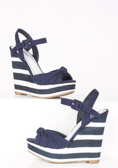 dELiAs > Evita Wedge > shoes > wedges