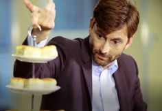 VIDEO: David Tennant & Olivia Colman Play Chilli Jam Roulette      David Tennant and Olivia Colman play the odds in a cream tea challenge with a difference in a Channel 4 video clip from Friday's TV fund...