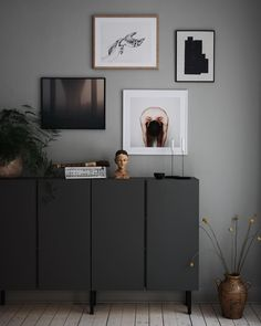 Ikea Hack: Was tun mit Ivar Holzkisten? Frenchy Phantasie - Ikea hack : que faire avec les caissons en bois Ivar ? Frenchy Fancy Ikea Hack: Was tun mit Ivar Holzkisten? Ikea Living Room, Living Room Interior, Ikea Interior, Living Room Hacks, Dining Room, Ikea Ivar Cabinet, Ikea Sideboard Hack, Ikea Wall Cabinets, Living Room Cabinets