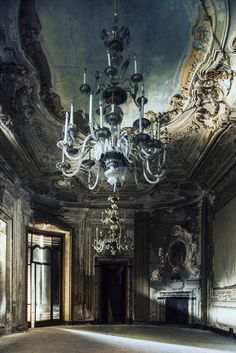 abandoned buildings by  Aurélien Villette - i bleed just to drown you Abandoned Castles, Abandoned Mansions, Abandoned Buildings, Old Buildings, Abandoned Places, Beautiful Architecture, Beautiful Buildings, Beautiful Homes, Beautiful Places