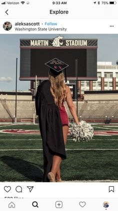 With cheer shoes in hand instead of Pom poms Cheerleading Senior Pictures, Senior Year Pictures, Unique Senior Pictures, Photography Senior Pictures, Senior Photos Girls, Cheer Pictures, Senior Girls, Volleyball Pictures, Softball Pictures