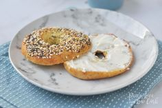 All the amazing flavors of your favorite Everything Bagel, but without all the carbs and gluten. Low Carb Keto Everything Bagels