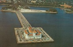 famous pictures of downtown st.petersburg fl | ... Dollar Pier, with the City of St. Petersburg, Florida in background