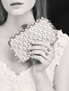 La première collection de robes de mariée d'Elie Saab Elie Saab Bridal 30
