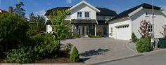 inngangsparti - Google-søk Home Fashion, Garage, Mansions, House Styles, Home Decor, Carport Garage, Decoration Home, Manor Houses, Room Decor