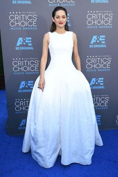 The Best Of The 2015 Critics' Choice Red Carpet | The Zoe Report Marion Cotillard in Dior Haute Couture #criticschoice #redcarpet