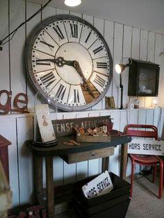 Brocante, déco vintage industrielle, ancienne horloge
