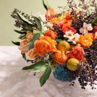 floral arrangement by Ariella Chezar